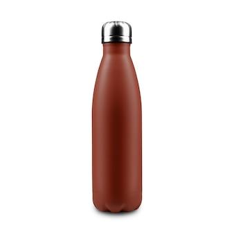 Close-up di eco riutilizzabile in acciaio termo bottiglia d'acqua di colore marrone isolato su bianco.