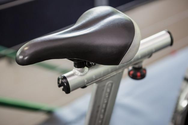 Primo piano del sedile della cyclette