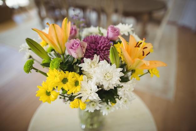 Close-up di fiori in vaso