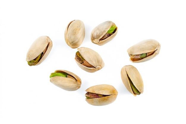 Primo piano del pistacchio fresco e saporito
