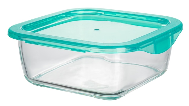Primo piano di contenitori per alimenti in vetro isolati su sfondo bianco