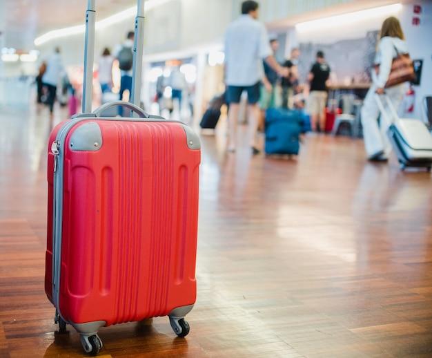 Primo piano sui bagagli in aeroporto