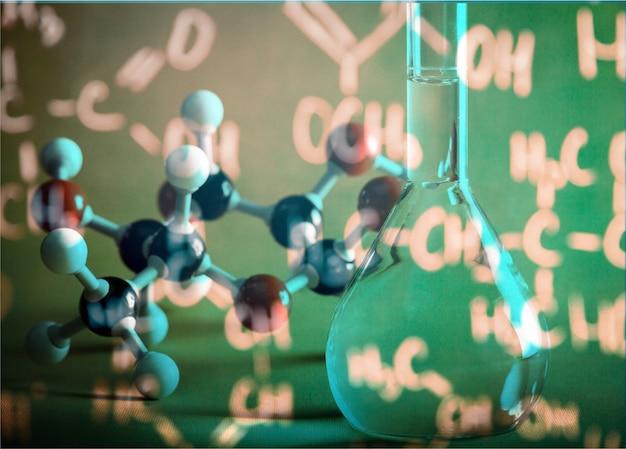 Primo piano del modello di struttura molecolare sullo sfondo