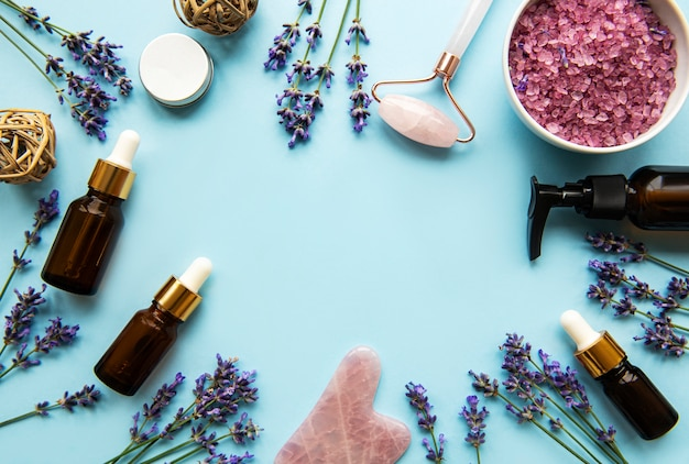 Primo piano su cosmetici naturali biologici spa