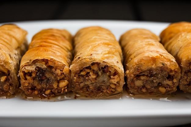 Un primo piano del baklava turco del dessert