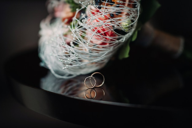 Primo piano, di, due, matrimonio, oro, rings., matrimonio, ring., matrimonio, ring., matrimonio.