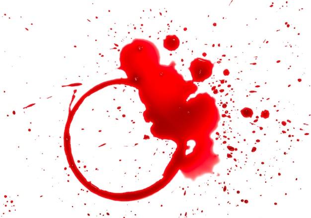 Chiudere le macchie bagnate di bicchiere di vino rosso o bottiglia, anello circolare e gocce di blob isolate su bianco