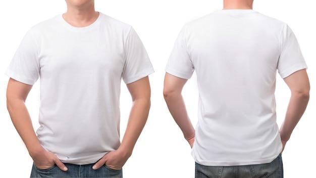 Primo piano sulla maglietta bianca per gli uomini isolati