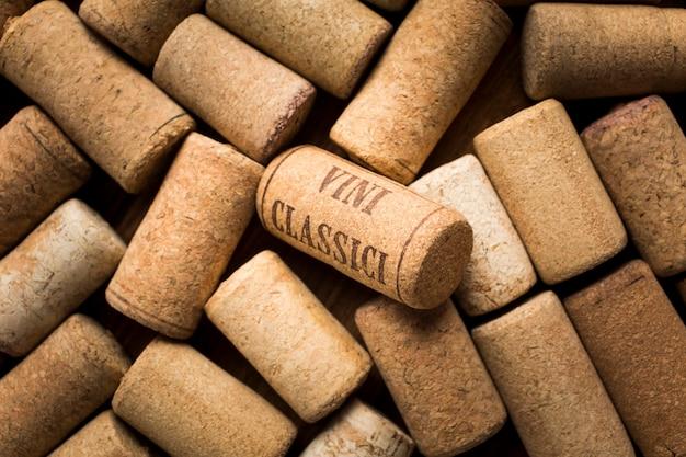 Chiuda in su dei tappi per vino Foto Premium