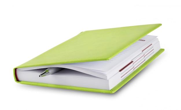 Diario chiuso con penna