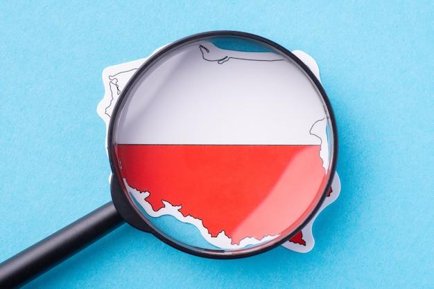 Uno sguardo più da vicino al paese polonia. concetto di studiare il paese, le sue tradizioni, la religione, i costumi, la cucina