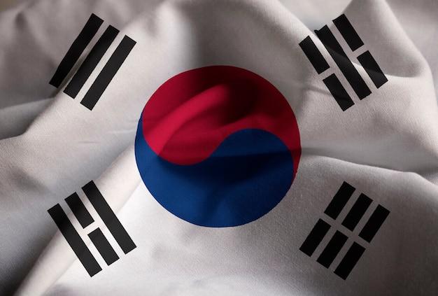 Primo piano della bandiera increspata della corea del sud, bandiera della corea del sud che soffia in vento