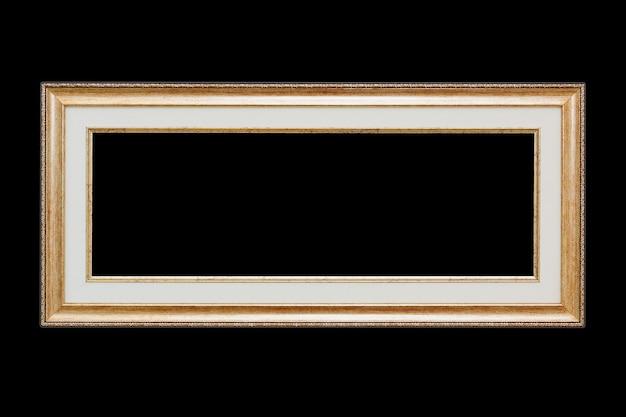 Primo piano telaio vintage in legno con spazio vuoto per il tuo design isolato su sfondo nero