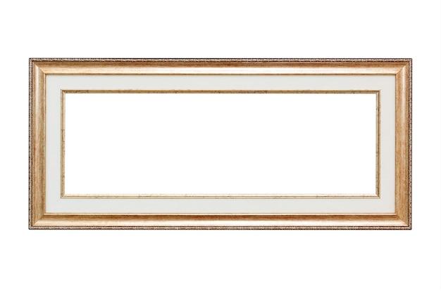 Primo piano telaio vintage in legno con spazio vuoto per il tuo design isolato su sfondo bianco