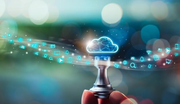 Concetto di tecnologia di cloud computing, scacchi a mano con dati di caricamento su archiviazione internet, icona dei social media su innovazione e tecnologia dello schermo digitale