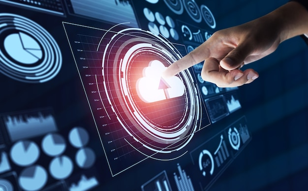 Tecnologia di cloud computing e archiviazione online dei dati per la condivisione globale dei dati