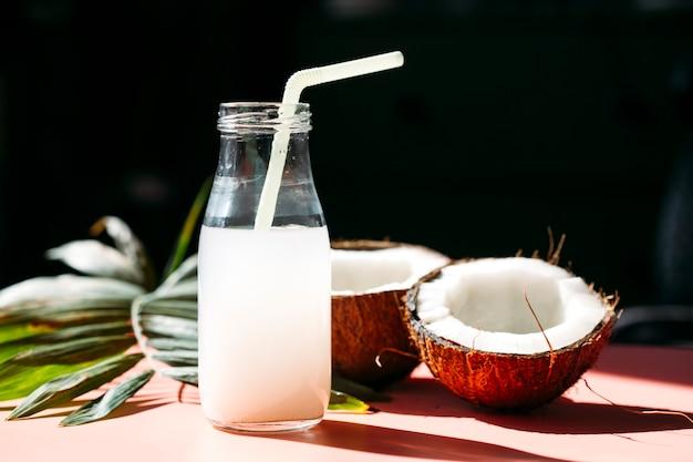 Latte di cocco e cocco