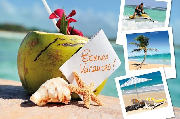 Cocktail di cocco, stelle marine, mare all'aperto con foto delle feste h