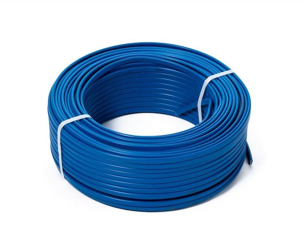 Bobine di cavo blu isolate