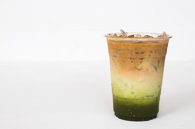 Bevande fredde caffè latte matcha ghiacciato