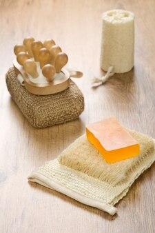 Collezione di accessori da bagno