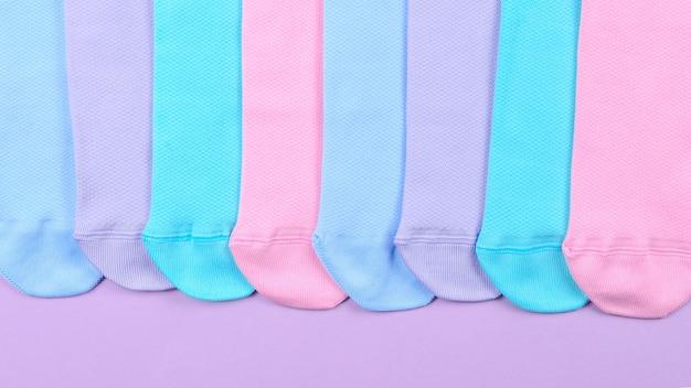 Colorata collezione di calzini di cotone