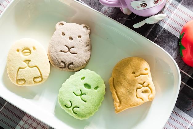 Biscotti colorati