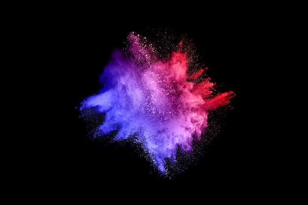 La polvere colorata esplode. dipingi holi.
