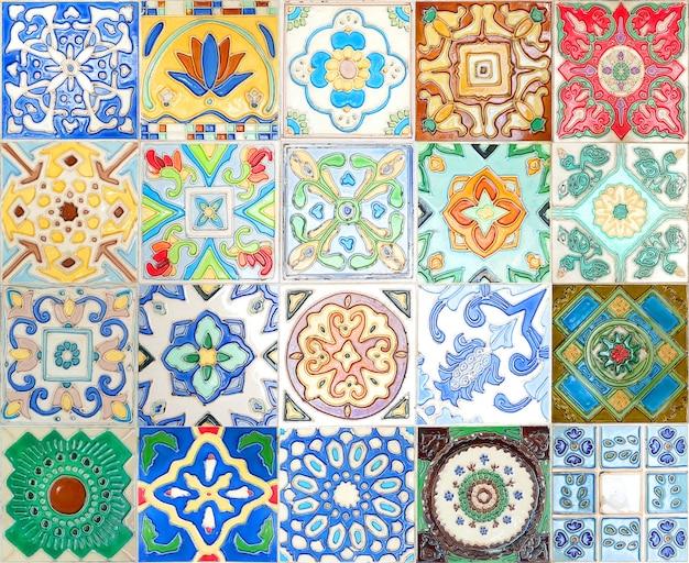 Fondo messicano variopinto di struttura della decorazione della parete delle piastrelle di ceramica di talavera