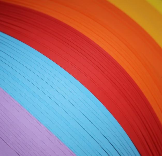 Strisce di carta colorate per quilling art