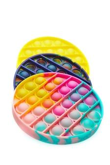 Giocattoli antistress sensoriali a bolle colorate push pop, isolati.