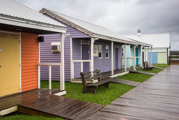 Edifici colorati a spinnakers landing, summerside, prince edward island, canada