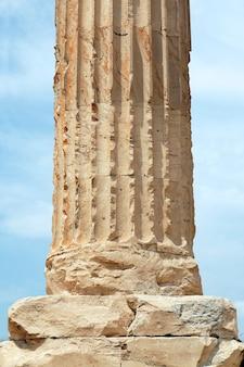Dettaglio della colonna