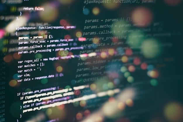 La programmazione informatica spesso abbreviata in programmazione è un processo per la formulazione originale del problema di calcolo in programmi eseguibili per computer come analisi, sviluppo, algoritmi e verificatio