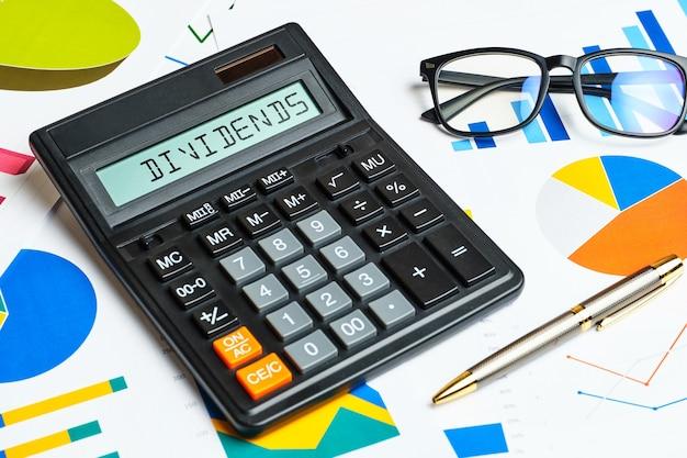 Il concetto di calcolare la ricezione dei dividendi.