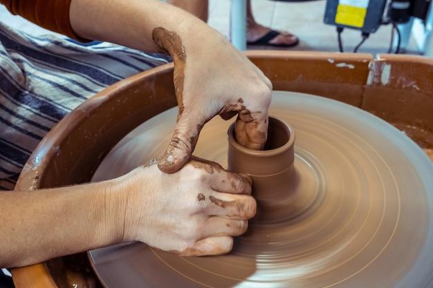 Concetto di ceramica, laboratorio, arte ceramica