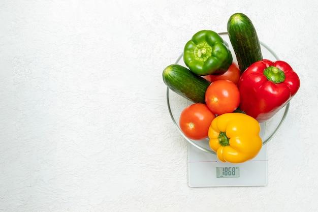 Il concetto di dieta, corretta alimentazione, alimentazione sana Foto Premium