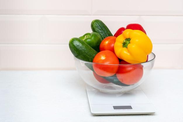 Il concetto di dieta, corretta alimentazione, alimentazione sana