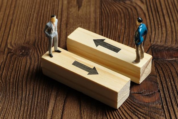 Il concetto di un percorso diverso nella strategia e nello sviluppo del business.