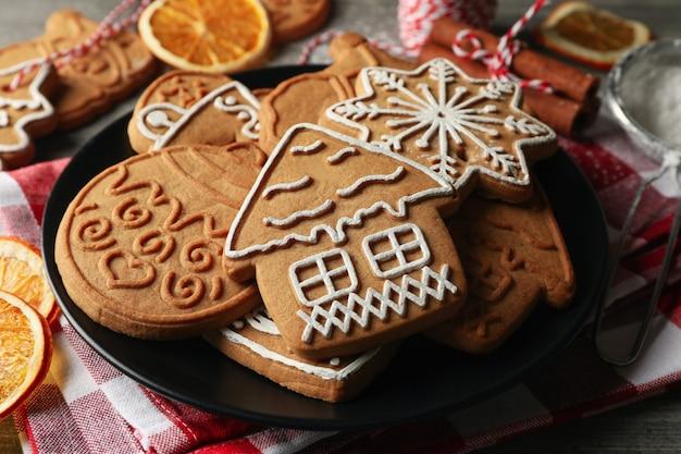 Concetto di cibo per le vacanze con biscotti di natale