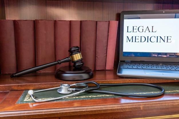 Concetto di applicazione della legge in medicina