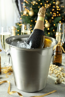 Concetto di festa di capodanno con champagne.
