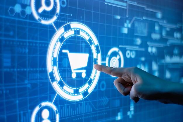 Concetto di shopping online su un display digitale futuristico.
