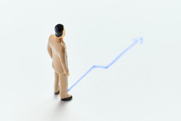 Il concetto di crescita dei profitti di un'azienda di successo con un grafico astratto.