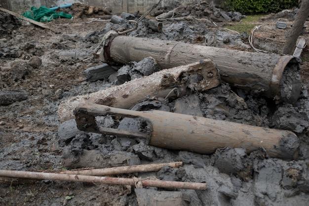 Palificazioni in calcestruzzo, accatastamento (ingegneria civile), mucchio di ahchor, palo per palificazione