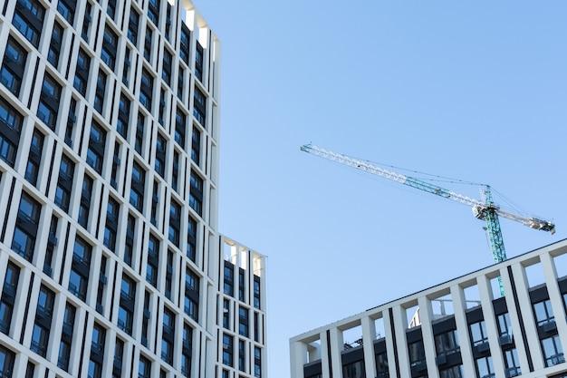 Costruzione di edifici residenziali, nuove case a più piani a kiev, la capitale dell'ucraina