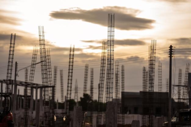 Cantiere e cantiere sfondo lavoratore sicurezza primo concetto costruzione nuovo sfondo magazzino