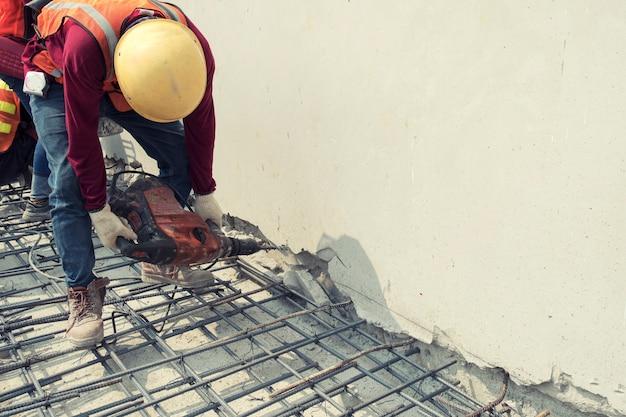 Calcestruzzo di sollevamento del muratore