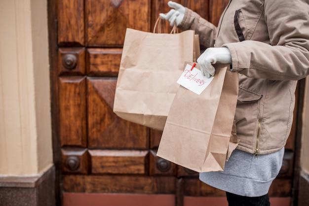 Consegna senza contatto durante la quarantena