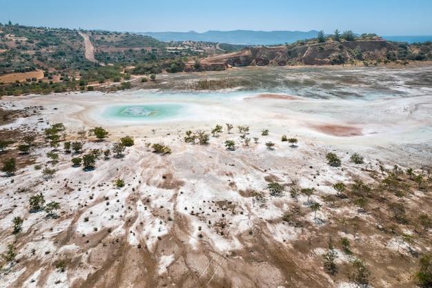 Superficie contaminata della miniera di rame abbandonata a limni, cipro
